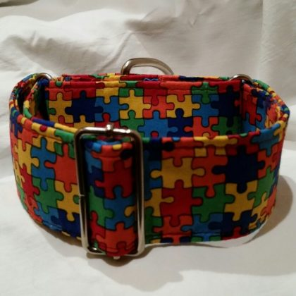 collar martingale para galgos estampado puzzle multicolor
